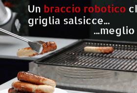 Il braccio robotico che griglia autonomamente salsicce